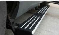 沃尔沃安装电动踏板,欧卡改装网,汽车改装