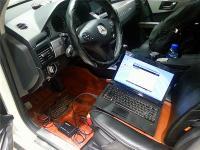 炫白奔驰GLK300升级行车电脑,欧卡改装网,汽车改装