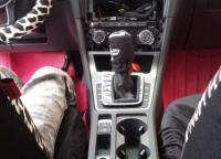 高尔夫7加装艺展大屏及改装高配扶手箱,欧卡改装网,汽车改装