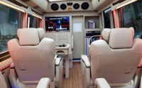 大佬的移动行宫—丰田考斯特房车,欧卡改装网