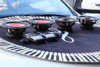 吉利远景X6改装好莱坞+四门隔音,欧卡改装网,汽车改装