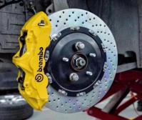 英菲尼迪FX35升级Brembo GT刹车套装,欧卡改装网,汽车改装