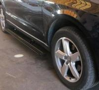 奥迪Q5加装升级电动踏板,欧卡改装网,汽车改装