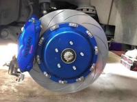 英菲尼迪FX35/QX70刹车改装Brembo 19Z前六后四刹车卡钳,欧卡改装网,汽车改装