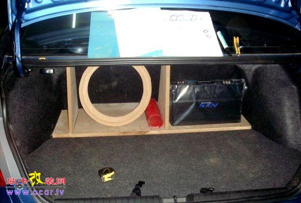 本田思域车  来福的前门套装喇叭P162S  前门安装  线路布置  地线连接  高音A柱造型设计  高音A柱工艺制作  高音A柱工艺制作  高音A柱效果  后尾箱造型设计,低音箱体是开孔箱,因车主主要想嗨,这样声压大些  NXS四路功放  后尾厢造型工艺制作  后尾厢造型工艺制作  低音位置制作  后尾厢造型工艺制作  后尾厢造型制作  后尾厢造型制作,等待器材的安装  美国来福12寸低音  整体效果  蓝色灯光效果  NXS功放电脑调音,此为软件操作界面  车子作最后的整理阶段  整体效果