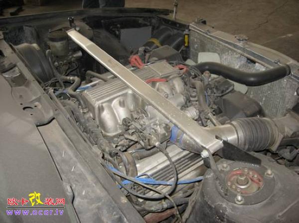 摘要: 尼桑风度a31发动机外观改装
