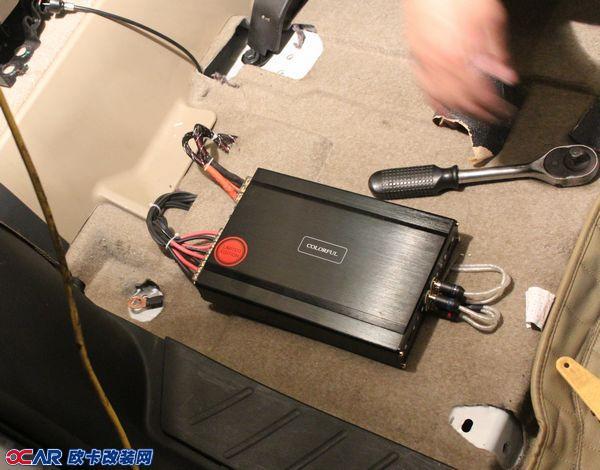 摘要: 丰田rav4汽车音响改装卡莱功放xf16 cf260 f1600 大白鲨四门
