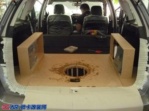 摘要: 斯巴鲁傲虎升级改装汽车影音系统