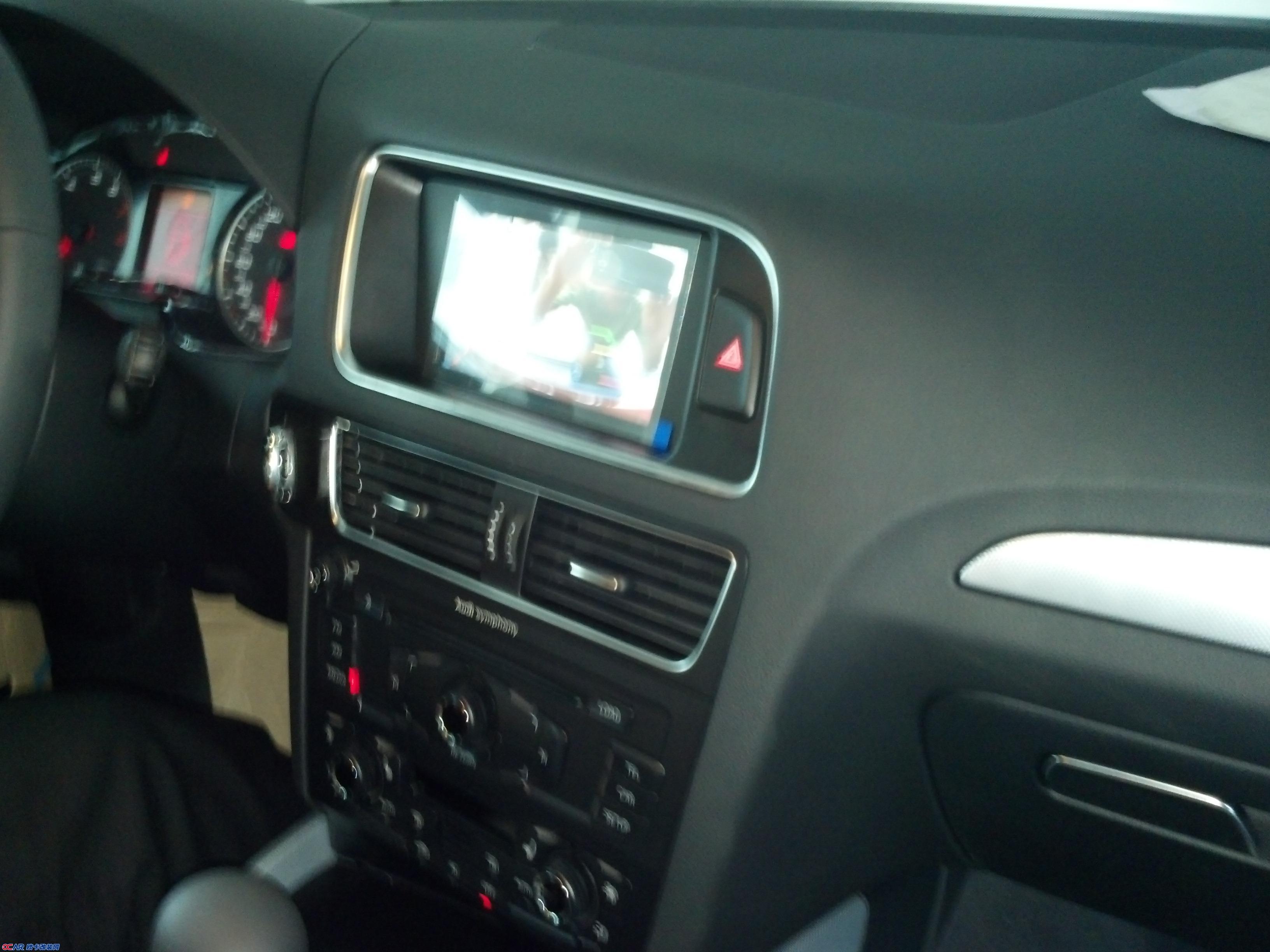 奥迪Q5改装导航DVD高清图片