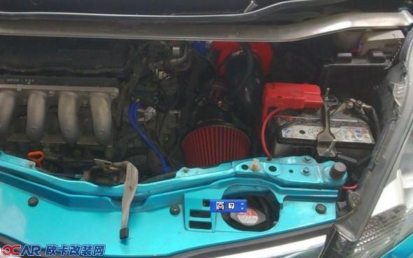 汽车电瓶电压显示器接线