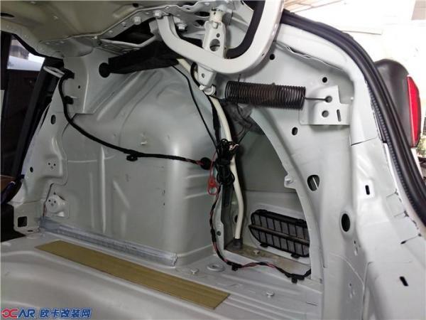 奥迪a3二次汽车音响改装升级德国喜力仕汽车音响