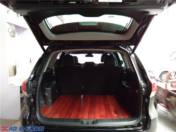 丰田汉兰达后厢木地板改装