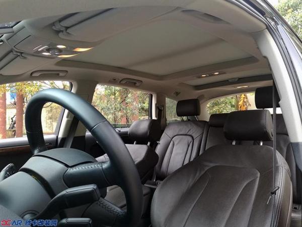 奥迪Q7改装黑红色个性真皮座椅内饰高清图片