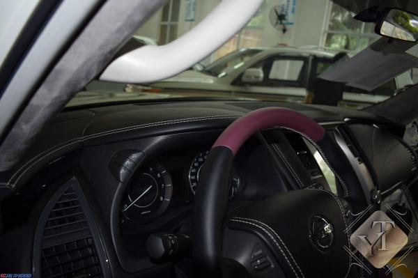 全车内饰个性定制改装,真皮座椅,仪表台,门板,顶棚包皮.