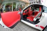 保时捷大红座椅仪表台门板方向盘地胶内饰改装,欧卡改装网,汽车改装
