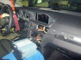 奔驰E300发烧音响改装升级 让车友百听不厌,欧卡改装网,汽车改装