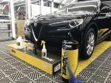 阿尔法罗密欧stelvio贴XPEL隐形车衣,超强保护,欧卡改装网,汽车改装