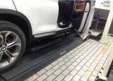 宝马X4加装电动踏板,这功能真是让人眼前一亮啊,欧卡改装网,汽车改装