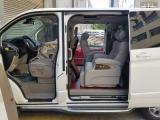 福特途睿欧改装航空座椅,展现不凡商务实力,这才是低调的MPV,欧卡改装网,汽车改装