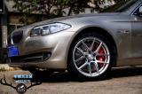 [宝马刹车改装]宝马5系升级英国AP9560大六刹车改装批发,欧卡改装网,汽车改装