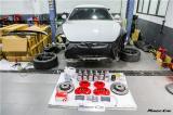 汽车保养大保健走起,玛莎拉蒂GT 4.7L刹车卡钳喷漆改色。,欧卡改装网,汽车改装