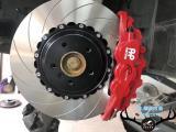 宝马X6刹车改装AP8520大六刹车卡钳,饱满帅气制动,欧卡改装网,汽车改装