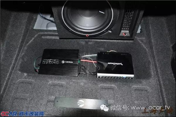宝马320Li音响德国彩虹宝马喇叭 上海声脉音响改装 联系电话 15000583538 宝马3系音响改装配置: 前门:德国彩虹宝马专用喇叭一套 后们:来福同轴 低音:来福P1 功放1:德国彩虹BEAT4 功放2:来福电路功放 线材:鼎丰 全新宝马3系将充满活力的运动气息融入每一处细节设计。BMW经典的双肾隔栅和天使眼氙气大灯,动感的短前悬与同级别车型中最长的轴距,令人屏息的畅腰线,时尚、纯粹的高品质内饰,以及330升-1150升的灵活载物空间无不散发出独具的摄人魅力。