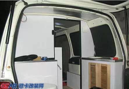 中国最牛汽车改装 微型面包车改装成豪华房车