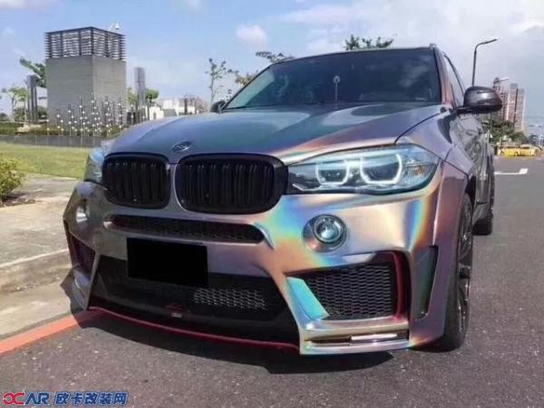 独一无二的新款宝马x5改装lumma宽体彩虹色款!