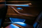 宝马5系改装内饰,用三色氛围灯去诠释交相辉映,欧卡改装网