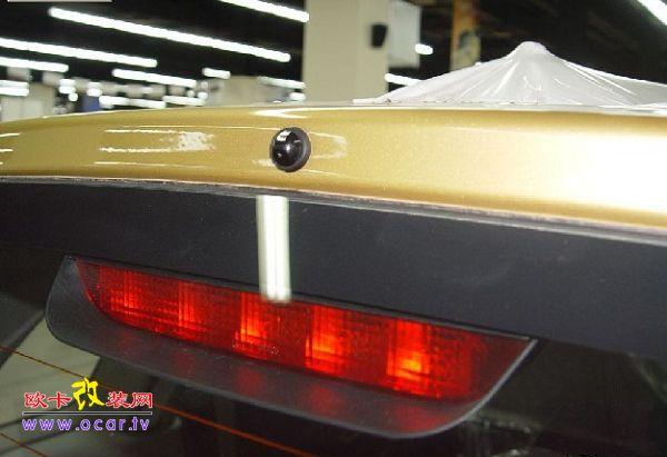 刹车灯及高位刹车灯