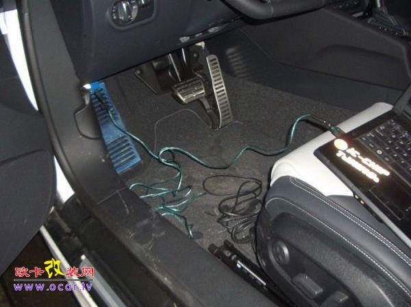 奥迪tt2.0tfsi发动机电脑改装ecu改装 abt四出排气管