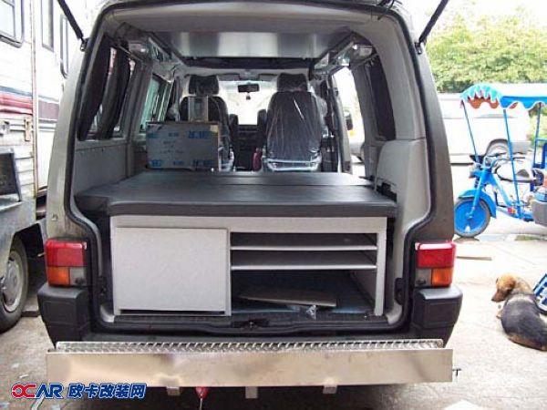 不破坏更实在 大众面包车舒适床车打造-欧卡改